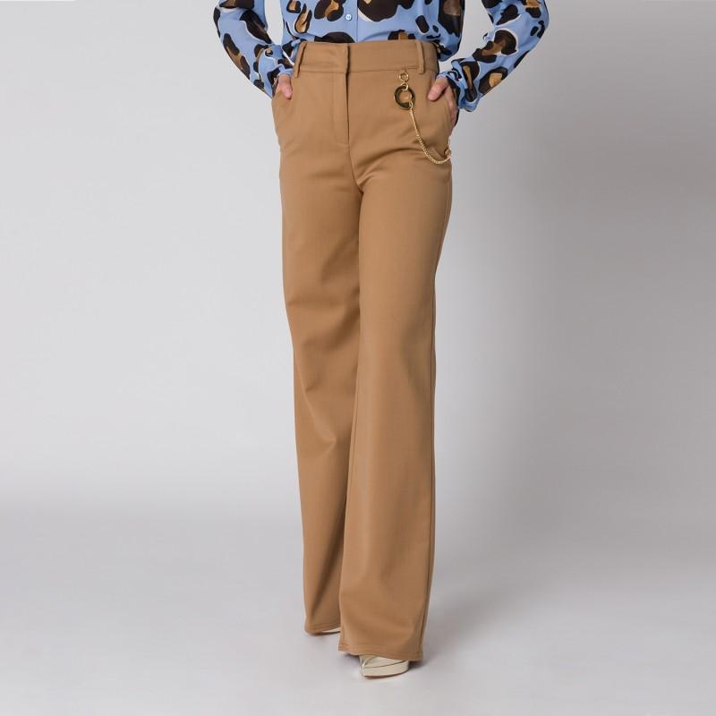 Pantalone a palazzo Cavalli Class